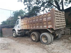 Volquetas Freightliner 14 mts3 (Guayaquil)