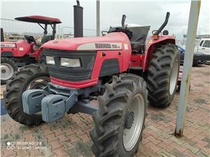 Tractores Agrícolas Mahindra 7030 4WD (Guayaquil)