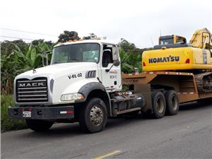 Cabezales Mack TRACTO-CAMION (Guayaquil)